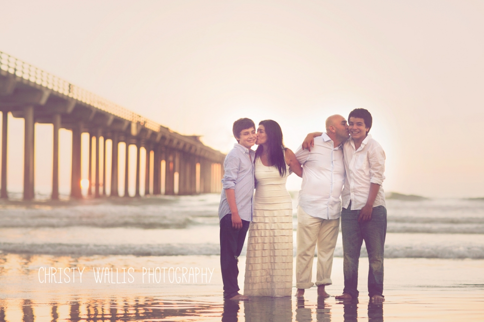 I feel blessed to be able to work with families like this kriech twins san diego newborn photographerkaitlyns